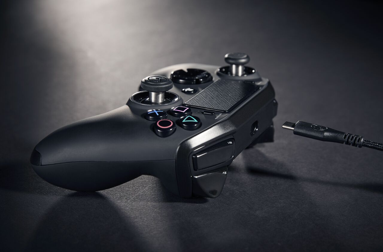 Review Revolution Pro Controller 2