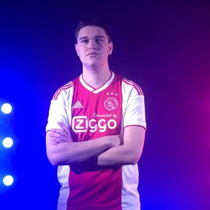 Lev Vinken verlaat Ajax Esports per direct voor FaZeClan